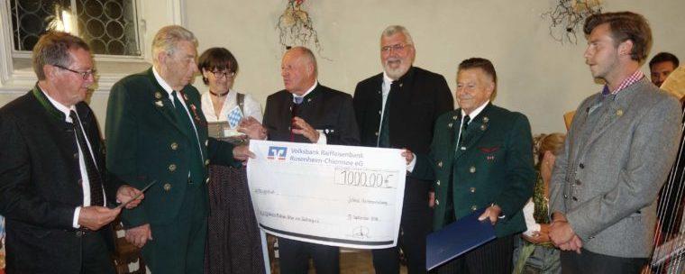 """<p>Haimatpreis an bayerisch-tirolerische Grenzwallfahrt &#8211; siehe <a href=""""https://www.bayernbund-rosenheim.de/berichte/1-bayerischer-haimatpreis-des-bayernbund-kreisverband-rosenheim-e-v/"""">Bericht</a>.</p>"""